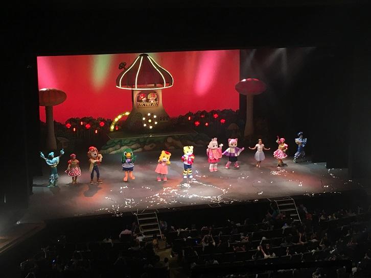 しまじろうコンサート2019夏の特別ダンスステージの写真