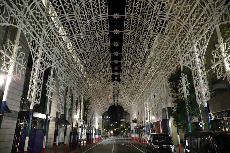 神戸ルミナリエの会場、点灯前の様子